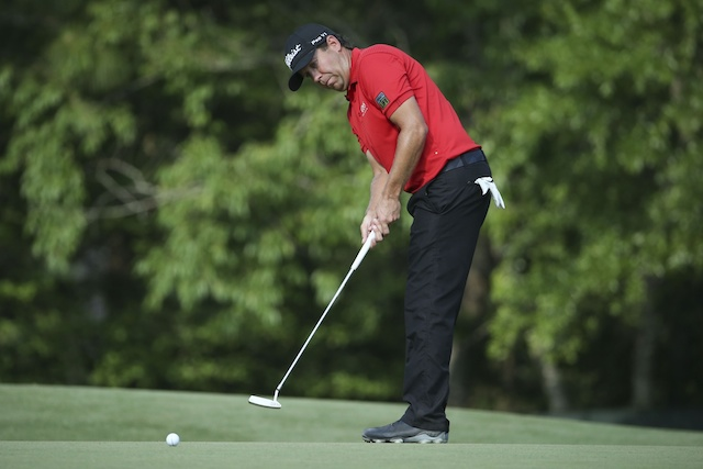 Erik Compton went up-and-down from the sand on 18 to finish tied for second at the US Open. (USATSI)