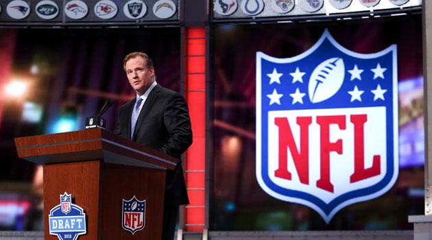 2014 NFL MOCK DRAFT (UPDATE) 2014_NFL_Draft_Date_May_8_10_2014_2014_NFL_Combine_Roger_Goodell