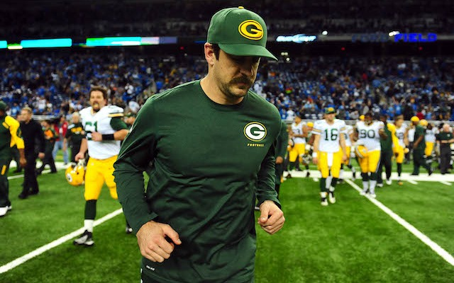 Aaron Rodgers hopes to be in full pads against the Falcons on Sunday. (USATSI)