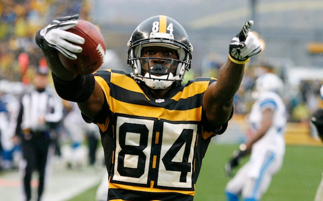 Antonio Brown did the Steelers a big favor on Friday. (USATSI)