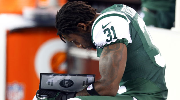 Antonio Cromartie isn't happy at all about the potential Darrelle Revis trade. (USATSI)