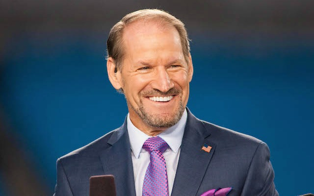 Bill-Cowher-sideline-coaching-out-CBS.jp
