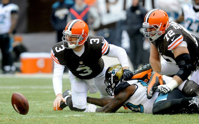 Brandon Weeden was diagnosed with a concussion following the Browns loss to Jacksonville. (USATSI)