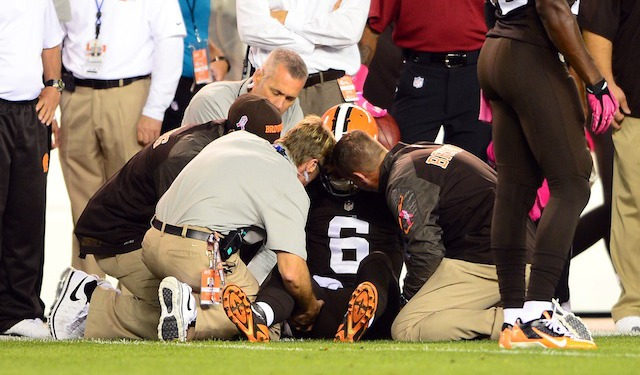 Brian Hoyer's return is questionable after injuring his knee in the first quarter. (USATSI)