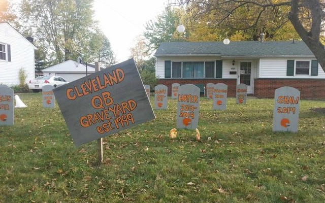 The best Halloween decoration in Cleveland? Or the saddest? (Facebook/Tony Timoteo)