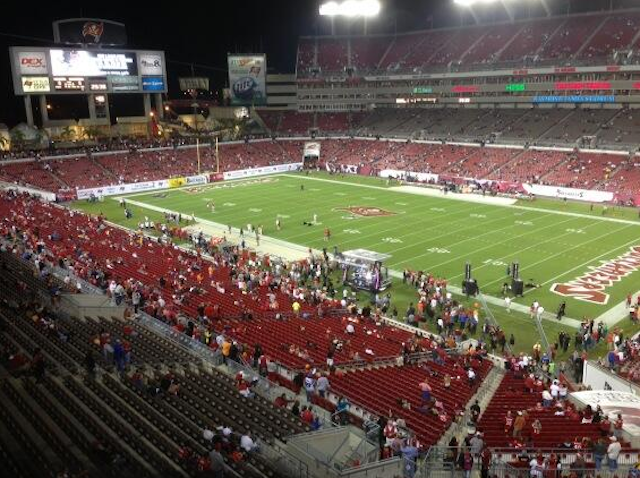 This is what attendance looked like in Tampa 20 minutes before kickoff. (Twitter)