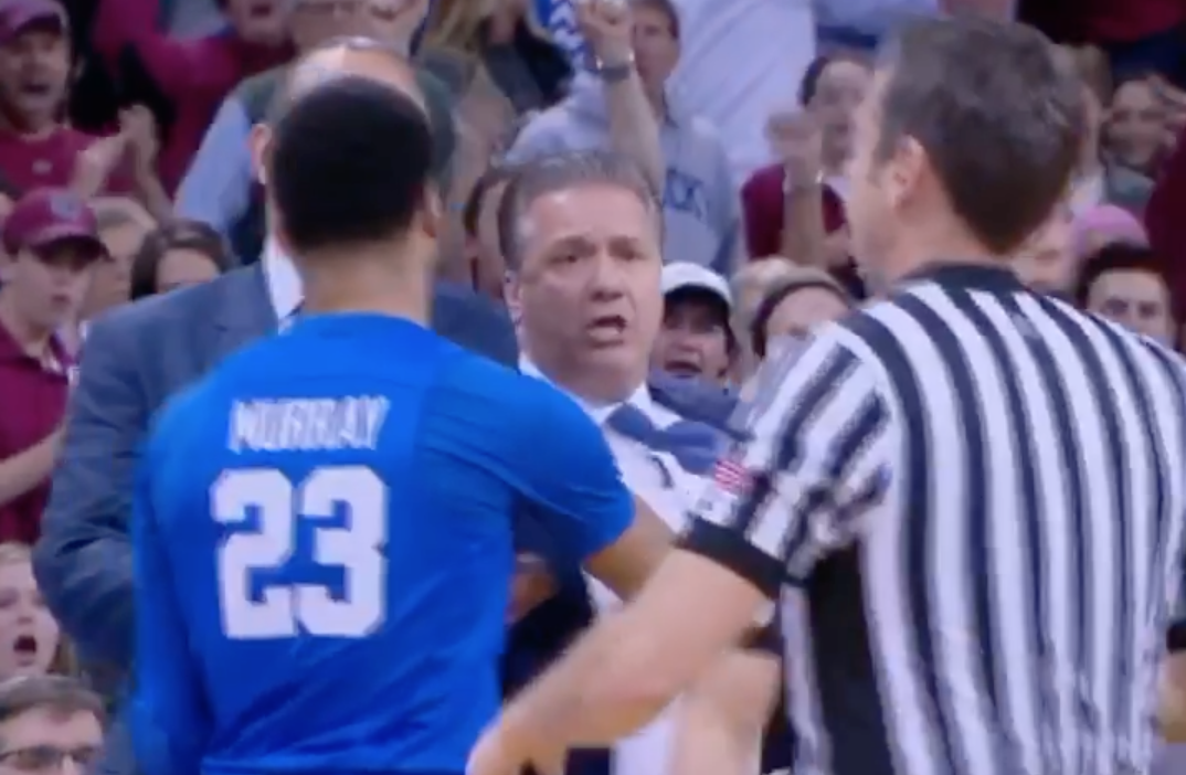 Uk Basketball: WATCH: John Calipari Ejected 2 Minutes Into Kentucky's