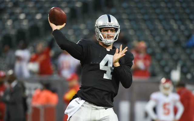 NFL Execs would take Derek Carr over Colin Kaepernick