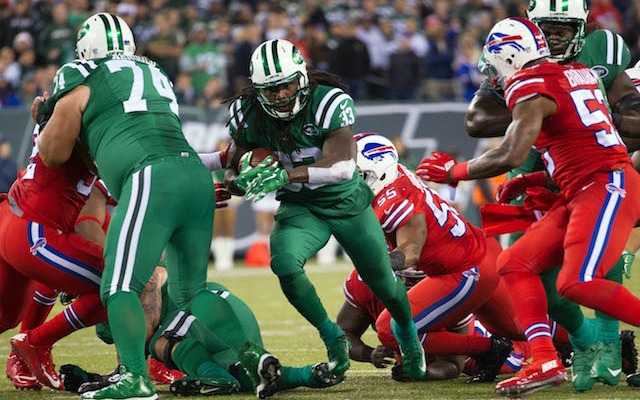 new concept dd2ae 16a21 LOOK: Bills-Jets game is complete torture for color-blind ...