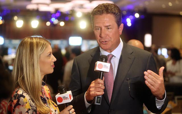 In a 2013 interview, Dan Marino said that NFL players 'know what the risks are.' (USATSI)