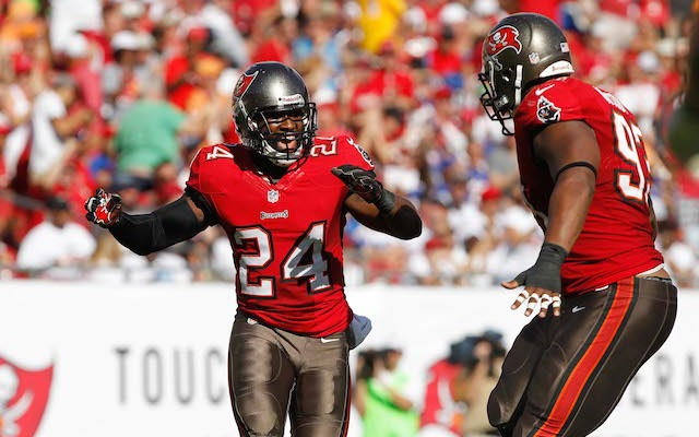 It's looking like Darrelle Revis won't be wearing a Buccaneers uniform ever again. (USATSI)
