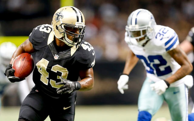 Darren Sproles' wife doesn't think highly of the Saints' front office. (USATSI)