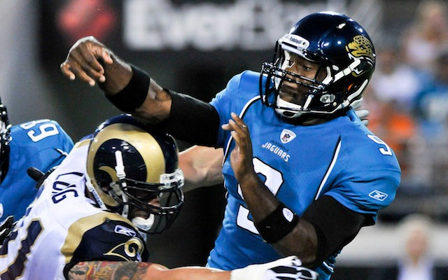 David Garrard wants to play for the Rams, instead of playing against them. (USATSI)