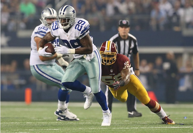 DeMarco Murray scored a Cowboys touchdown before leaving with an injury on Sunday night. (USATSI)