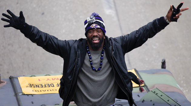 Ed Reed thanks the city of Baltimore and Ravens fans. (USATSI)