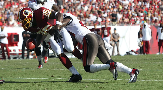 Eric Wright restructured his deal to remain with the Buccaneers in 2013. (USATSI)