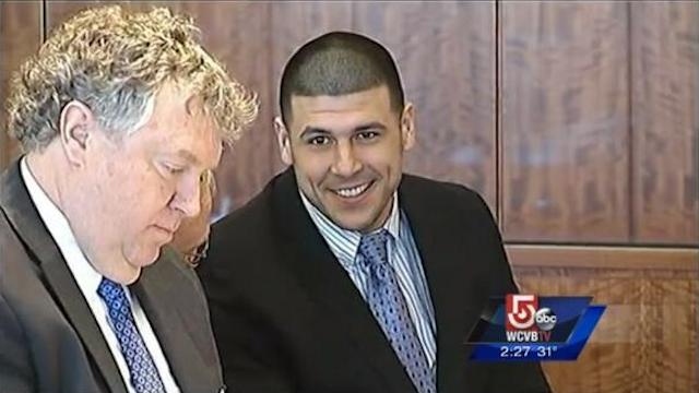 Hernandez was all smiles in court on Feb. 7. (Twitter/@WesleyLowery)