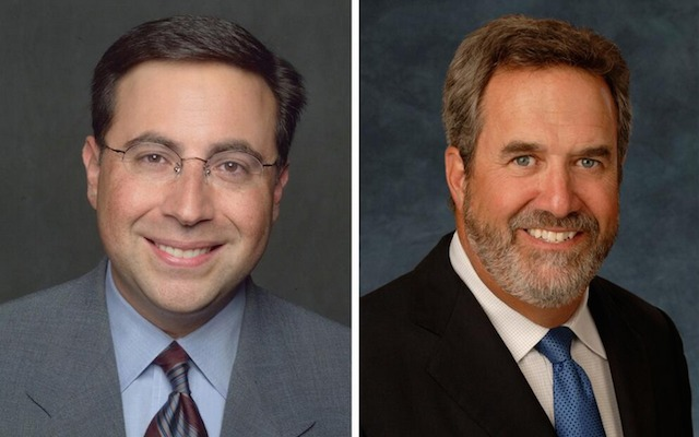 Ian Eagle [left] and Dan Fouts will make-up the No. 2 announcing team at CBS. (CBS)