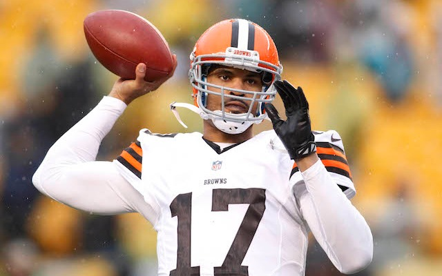 Jason Campbell is leaving Cleveland, but he's staying in Ohio. (USATSI)
