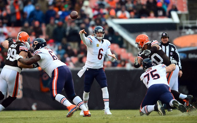 Jay Cutler could win over the Bears locker room with a strong game against Cleveland. (USATSI)