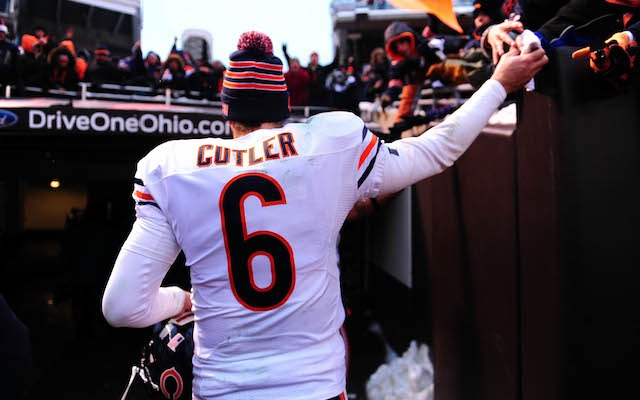 Will Jay Cutler be victorious AND give his headband away again? (USATSI)