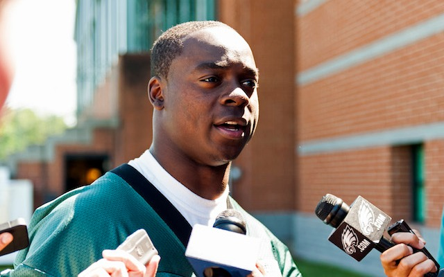 Jeremy Maclin reportedly has gotten the better of Darrelle Revis. (USATSI)