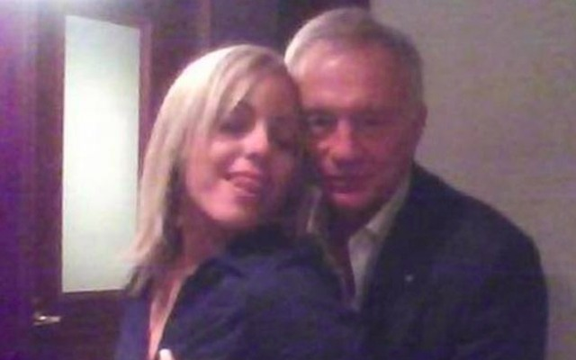 Jerry Jones says he was 'misrepresented' in this five year old photo. (Twitter/INFIN8SON)