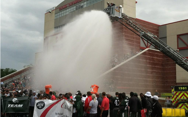 The Jets brought in an extra prop for their ALS ice bucket challenge. (Twitter/@RichCimini)