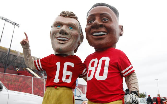 Fans can dress up like Joe Montana and Jerry Rice one last time at Candlestick Park. (USATSI)
