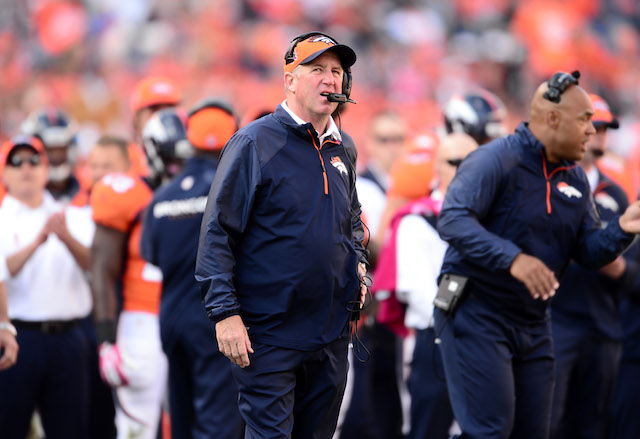 John Fox was taken to the hospital on Saturday after feeling light-headed. (USATSI)