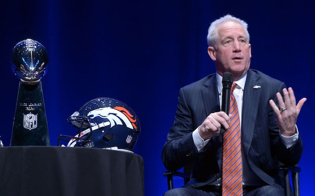 There's a big financial incentive for John Fox to win a Lombardi Trophy. (USATSI)