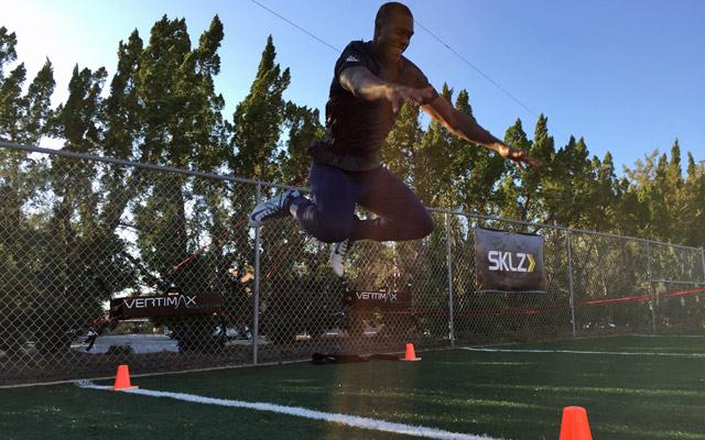 Byron Jones training for the draft.