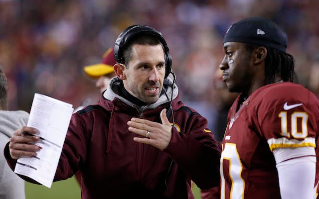 Kyle Shanahan and RG3 had a rocky relationship in Washington. (USATSI)
