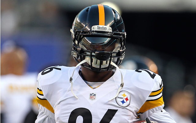 Le'Veon Bell will be facing at least one charge after a traffic stop on Wednesday. (USATSI)