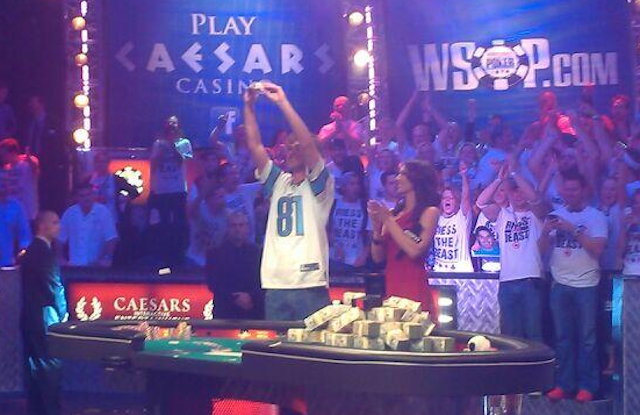 A guy in a Lions jersey won the biggest event in poker. (Twitter)