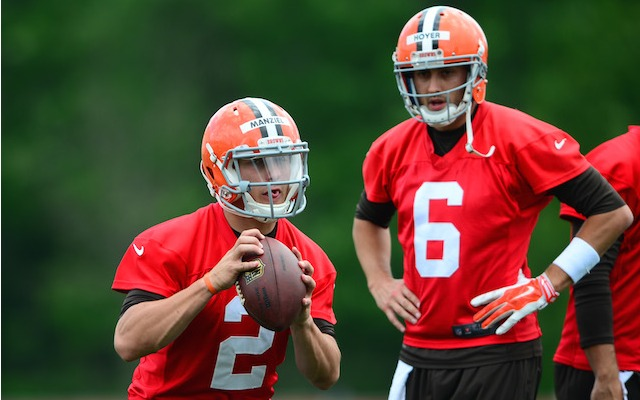 Brian Hoyer [6] and Johnny Manziel are duking it out to be the Browns starting quarterback. (USATSI)
