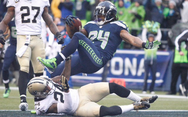 LOOK: Seahawks fans shower Marshawn Lynch with Skittles ...