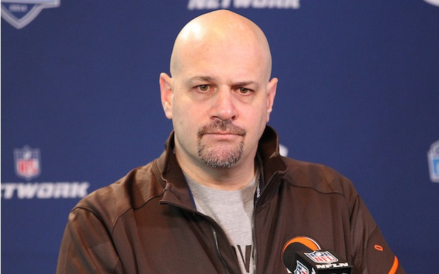 Mike Pettine says Tom Brady is a top-two quarterback. (USATSI)