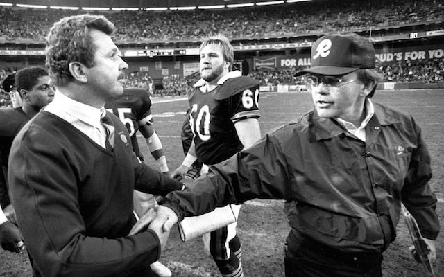 Mike Ditka with former Redskins coach Joe Gibbs.
