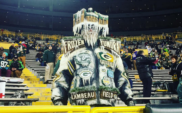 The Packers offense has been playing like it's frozen. (Instagram/snfonnbc)