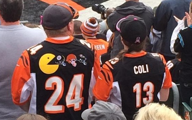 PHOTO: Fan's Pacman Jones Bengals jersey actually has Pac-Man on ...