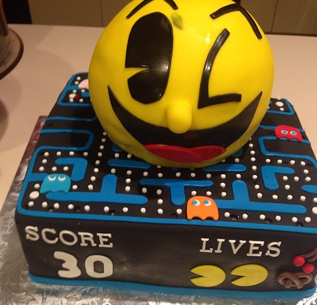 Pacman Jones got a sweet cake for his 30th birthday. (Instagram)