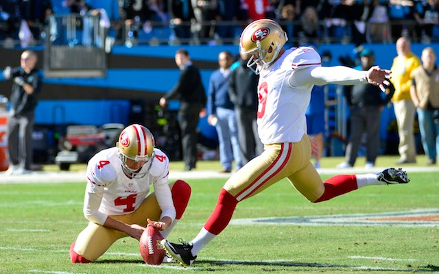 Phil Dawson took to Twitter to announce he's staying in San Francisco. (USATSI)
