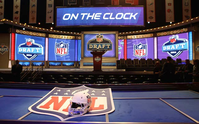 NFL Draft  Redskins will give you  1M if you correctly pick the 1st ... 2afeb51d799