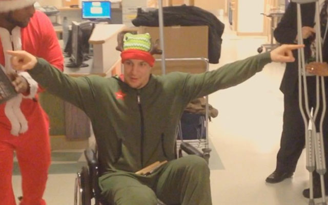 Rob Gronkowski is a fantastic Christmas elf.