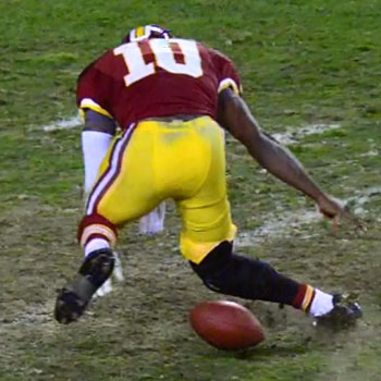 Robert Griffin III injures knee against Seahawks