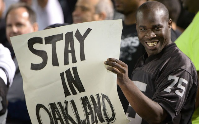 Raiders fans want the team to stay in Oakland. (USATSI)