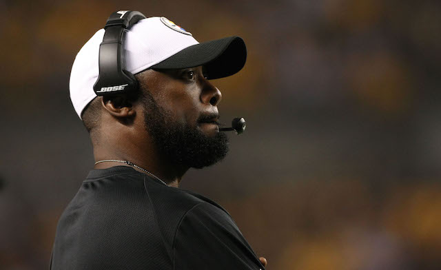 The Steelers coaches are having headset problems in New England. (USATSI)