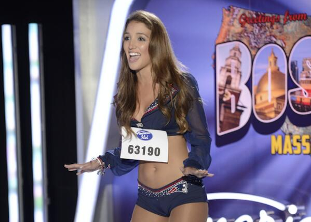 This Patriots cheerleader can do more than just cheer. (Twitter/@Patriots/Fox)