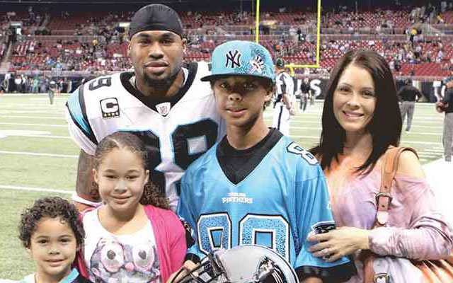 Steve Smith and his family thanked fans in a newspaper ad.